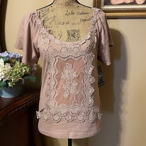 AVA & GRACE Lacy Taupe Scoop Neck Tee NWT! M